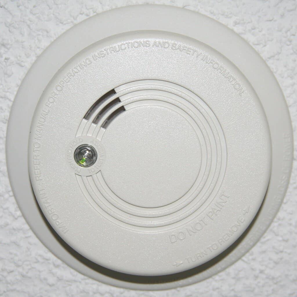 can you unplug a hardwired smoke detector