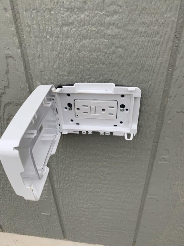 why is my outdoor outlet not working