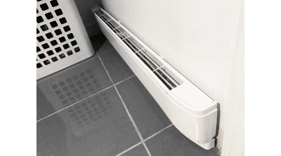 electric baseboard heater cost to run