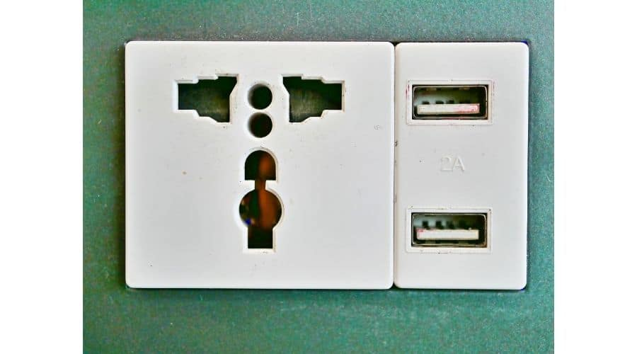 difference between 220 and 240 volt outlet